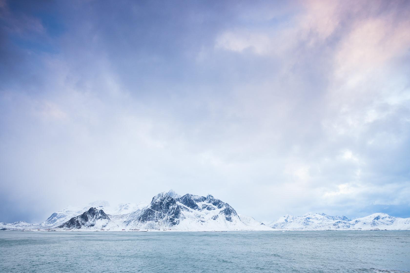 paysage hivernal des îles lofoten, en Norvège