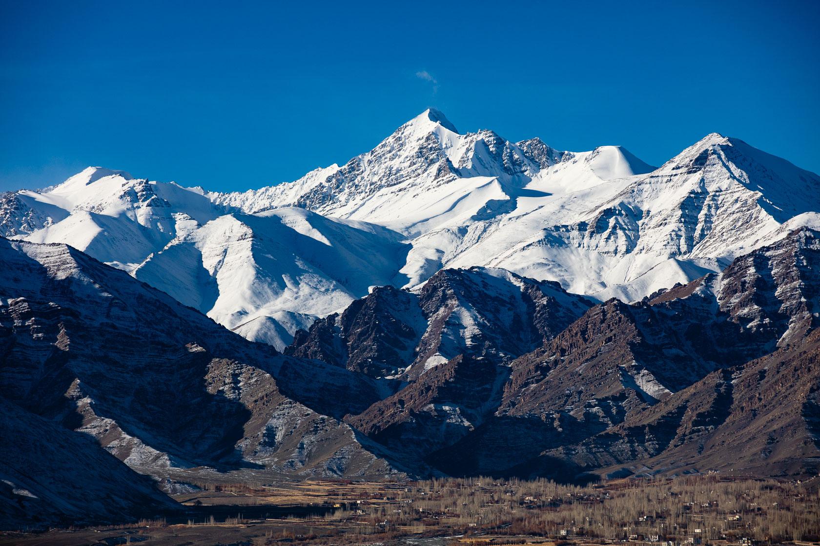 Stok Kangri, montagne de 6153m, au Ladakh dans l'Himalaya indien
